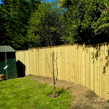 Soundproof fencing and barrier.